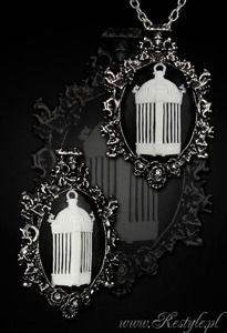 """cameo """"IVY BIRDCAGE - WHITE"""" victorian necklace and brooch in one"""