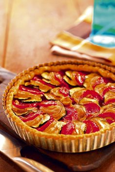 Tarta rustica cu rosii, branza de capra si dovlecel