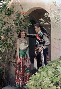 Texas - Woman wears China Poblana, man wears Charro garb of gentleman rancher, Brownsville Mexican Costume, Mexican Outfit, Mexican Party, Mexican Dresses, Mexican Style, Folk Costume, Mexican Clothing, Traditional Mexican Dress, Traditional Dresses