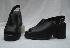 Womens Harley - Davidson Black Leather High Heeled shoes sz 8.5 Open Toe EUC
