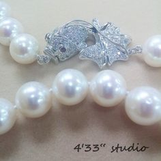 """Item no.: GSN021-RH  925 SILVER C.Z.CLASP COLOR: SILVER (WITH RHODIUM PLATING)  PEARL (10-11MM) COLOR: CREAM  SIZE: 17 1/2"""""""