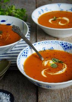 One pot wonder - lettvint gryterett - Mat På Bordet One Pot Wonders, Recipe Boards, Thai Red Curry, Nom Nom, Good Food, Food And Drink, Pizza, Dinner, Cooking