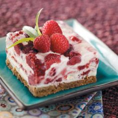 Check out the Raspberry Swirl Frozen Dessert. Rich, creamy and delicious is the best way to describe this raspberry treat. Brownie Desserts, Mini Desserts, Frozen Desserts, Frozen Treats, Just Desserts, Delicious Desserts, Yummy Food, Fun Food, Light Dessert Recipes