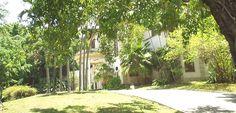 Le Select, elegante mansión convertida en complejo recreativo - http://www.absolut-cuba.com/le-select-elegante-mansion-convertida-en-complejo-recreativo/