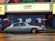 Citroen DS Pallas 1968. Islington, London N1