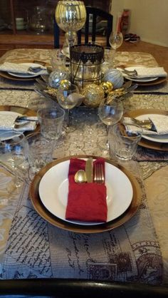 Thanksgiving 2014. Glitz & glamour holiday. Family loved it!