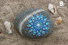 DIY Mandala Stones Tutorials // Mandala Steine Anleitung ~ colorful-crafts.com