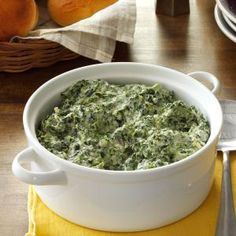 Three-Cheese Creamed Spinach Recipe- Recipes Cream cheese, Parmesan and mozzarella make this dish wonderfully cheesy. Sprinkle it with french-fried onions before baking for a crisp boost of flavor. Vegetable Side Dishes, Side Dishes Easy, Side Dish Recipes, Rice Recipes, Salad Recipes, Spinach Recipes, Vegetable Recipes, French Fried Onions, Creamed Spinach