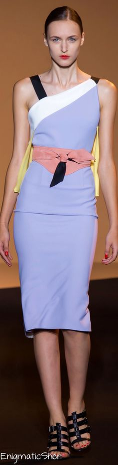 Roland Mouret Spring Summer 2015 Ready-To-Wear