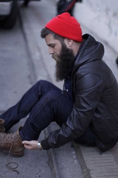 A men's fashion/lifestyle moodboard featuring men's street style looks, beards and various facial hair styles, tattoo art, inspiring street fashion photography, and clothing from the best menswear labels and streetwear brands. Beards And Mustaches, I Love Beards, Great Beards, Beard Love, Moustaches, Awesome Beards, Sexy Beard, Epic Beard, Hipsters