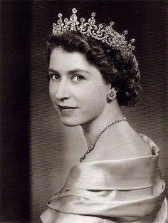 elizabethii1951.jpg