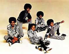 Jackson 5 - I want you back http://www.vogue.fr/culture/a-ecouter/diaporama/les-musiques-preferees-d-ok-coral/16226/image/880522#!jackson-5-i-want-you-back