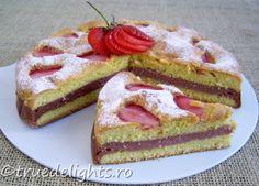 Prajitura cu crema de capsuni Strawberry Cream Cakes, Strawberries And Cream, Yummy Cakes, Cake Recipes, French Toast, Cheesecake, Goodies, Cooking Recipes, Yummy Food