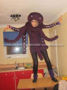 Octopus Costume - Creative use of garden wire and fishline to make the tentacles have movement