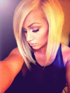 Blonde straight bob hair