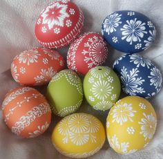 Voskované kraslice barevné Egg Crafts, Easter Crafts, Funny Eggs, Polish Easter, Paint Drop, Cute Easter Bunny, Egg Designs, Coloring Easter Eggs, Egg Art