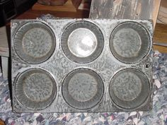 Graniteware Muffin Pan $18