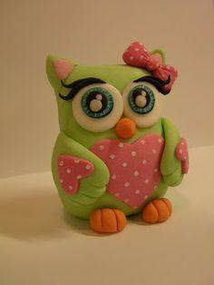 """Figurice za torte (Fondant design Ana): SOVA - FIGURICA OD FONDANA (OWL - FONDANT FIGURE) Studio """"Fondant Design Ana"""""""