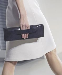 Modern purse