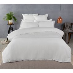 Bed Linen, Modern Contemporary, Duvet Covers, Comforters, Retro Vintage, Bedroom Ideas, Colours, Blanket, Interior
