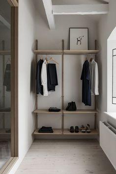 Home interior design minimalist Ideas Interior Design Minimalist, Japanese Interior Design, Home Interior Design, Interior And Exterior, Minimal Home Design, Interior Shop, Simple Interior, Classic Interior, Japanese Design