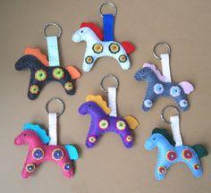 cute idea for Multicolor Horse Felt Keychain