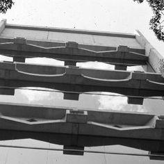 Caracas Art Museum 1973 - Szukaj w Google