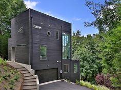 Maison bois contemporaine au format cubique perchée sur une colline de l'Oregon, Usa,  #construiretendance