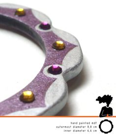 BRIGHT HANDPAINTED BANGLE made of mdf purple and by DARQDESIGN, €30.00