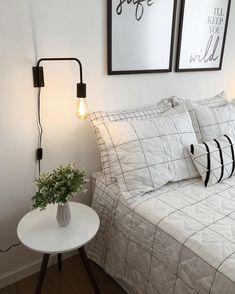 Ideas For Bedroom Interior Design Eclectic Bedroom Minimalista, Interior Minimalista, Home Bedroom, Bedroom Decor, Trendy Bedroom, Bedroom Simple, Bedroom Vintage, Dream Rooms, Bedroom Colors