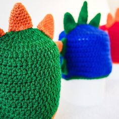 Baby crochet dragon hat - The DRAKE - comes in Green, Red or Blue, with dragon spikes - handmade crochet hat kids gift or newborn photo prop Crochet Beanie, Crochet Baby, Knitted Hats, Crochet Character Hats, Crochet Dragon, Best Christmas Presents, Birthday Gifts For Kids, Newborn Photo Props, Hat Making