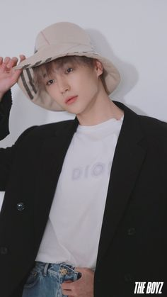 the boyz hyunjae cute aesthetic photo shoot magazine kpop ulzzang boy fashion korean asian model Jaehyun, K Pop, W Korea, Hyun Jae, Fandom, Having A Crush, Aesthetic Photo, Kpop Aesthetic, Kpop Boy