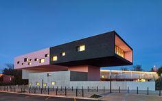 Gallery of 'André Malraux' Schools in Montpellier / Dominique Coulon & associés - 20 University Architecture, School Architecture, Architecture Design, Public Architecture, Montpellier, Pretty In Pink, Architect Magazine, Dominique, School Building