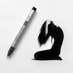Striking hyperrealistic drawings are no larger than a pen. #art #hyperrealism #drawing