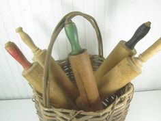 Set of five vintage rolling pins and a antique grapevine basket. Great for your shabby chic farmhouse decor. Size- rolling pins range from 16 - 19 long. Basket is diameter x 18 tall including handle. Red Kitchen Decor, Vintage Kitchen Decor, Vintage Decor, Vintage Ideas, Etsy Vintage, Kitchen Ideas, Shabby Chic Farmhouse, Modern Farmhouse Decor, Farmhouse Kitchen Decor