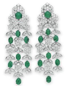 Earrings, Kutchinsky. Elizabeth Taylor collection, Christie's. Emerald Earrings, Emerald Jewelry, Gems Jewelry, Diamond Jewelry, Fine Jewelry, Jewellery, Drop Earrings, Elizabeth Taylor Diamond, Elizabeth Taylor Jewelry