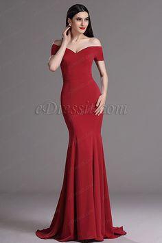 Irgendwo Du in diesem Kleid stehst, Du bist der Fokus, Du bist die Königin. No matter where u stand in this dress, u are the truly Queen, u are the Focus.