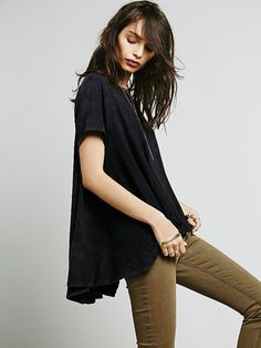We The Free Circle In The Sand Tee at Free People Clothing Boutique size xs/s grey/black