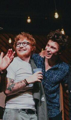 Ed Sheeran ve Shawn Mendes iki sevdiğim adam ama biri daa fazla Fi . Ed Sheeran, Trippie Redd, Camila Cabello Wallpaper, Edward Christopher Sheeran, Nicki Minaj, Shawn Mendes 3, Fangirl, Chon Mendes, Shawn Mendes Wallpaper