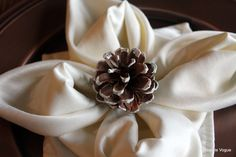 How To Do A Snowflake Napkin Fold ~ *My Note: This is also called Lotus Blossom. I use it a lot when company comes. It is one of my favorite napkin folds.
