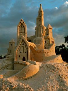 bluepueblo:  Sand Castle, Fort Meyers, Florida photo by amazin walter