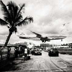 Josef Hoflehner:飞机从头顶呼啸而过