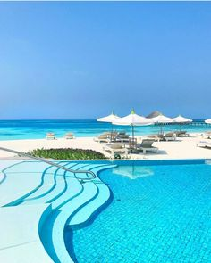 LuxuryConcierge,LifestyleManagement-The Perfect Destination 😍LuxuryTravel 🌎Destination: Maldives 🛎Let your own dedicated theluxclubofficial Life Beach Trip, Vacation Trips, Dream Vacations, Vacation Spots, Vacation Resorts, Beach Travel, Beach Hotels, Hotels And Resorts, Luxury Hotels