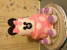 Minnie Mouse inspired Birthday Cake.