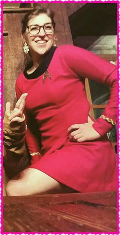 TBBT Big Bang Theory Actress, Scotty Star Trek, The Big Band Theory, Amy Farrah Fowler, Star Trek Cosplay, Johnny Galecki, Photography Movies, Mayim Bialik, Star Trek Characters
