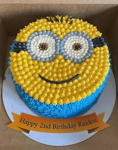 Cake Designs For Kids, Cake Designs Images, Cake Decorating Designs, Creative Cake Decorating, Cake Icing Techniques, Cake Decorating Techniques, Funny Birthday Cakes, Minion Birthday, Minion Cake Design