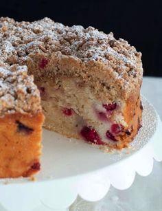 Cranberry Almonds Streusel Cake - http://www.sweetpaulmag.com/food/cranberry-almonds-streusel-cake #sweetpaul