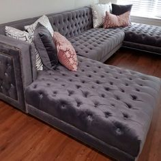 Living Room Decor Cozy, Room Decor Bedroom, Living Room Remodel, Apartment Living, First Apartment Decorating, My New Room, House Rooms, Home Decor Accessories, Cheap Home Decor