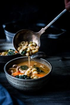 Nutritious Snack Tips For Equally Young Ones And Adults Turkey Minestrone Soup-A Cozy Soup To Make The Day After Thanksgiving Using Leftover Turkey And Simple Pantry Ingredients. Healthy Soup Recipes, Whole Food Recipes, Vegetarian Side Dishes, Leftover Turkey, Bowl Of Soup, Thanksgiving Recipes, Holiday Recipes, Soups And Stews, The Best
