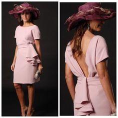 Me apasiona la #elegancia y #sofisticación de las #invitadas de @conchitasaiz !  #invitada #invitadaperfecta #boda #bodas #invitada10 #invitadasconestilo #lookinvitada #lookboda #bautizo #tocados #tocado #pamela #madrina #fiesta #weddings #weddingguest #guest #cocktaildress #comunion #bautizo #primeracomunion #style #moda #fashion #primavera #dress
